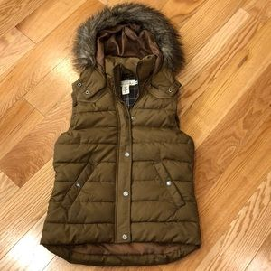 L.O.G.G. By H & M puffer vest